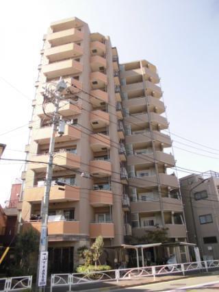 外観:八広駅徒歩2分、平成22年築のきれいなマンションです。